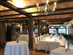 Salón acogedor para eventos privados