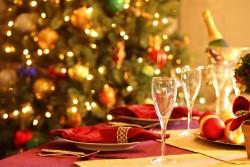 Una fiesta de Navidad de empresa en un reservado en Sevilla