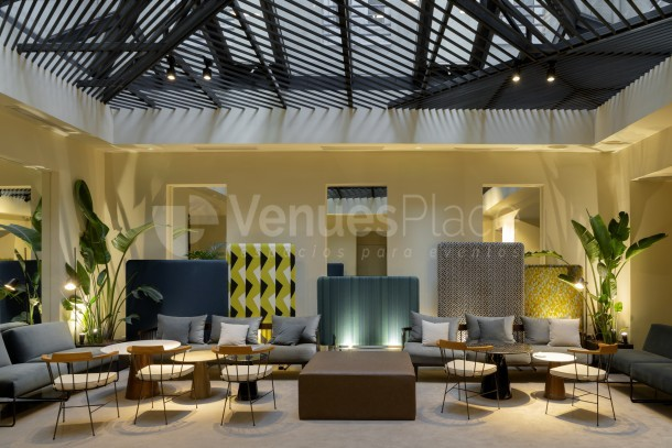 Interior 3 en ICON Embassy by Petit Palace