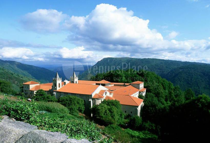 Exterior 1 en Parador de Monasterio de Santo Estevo