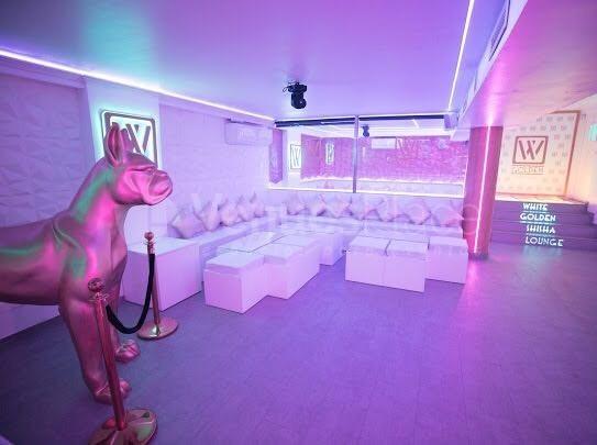 Interior 1 en Golden Shisha Lounge