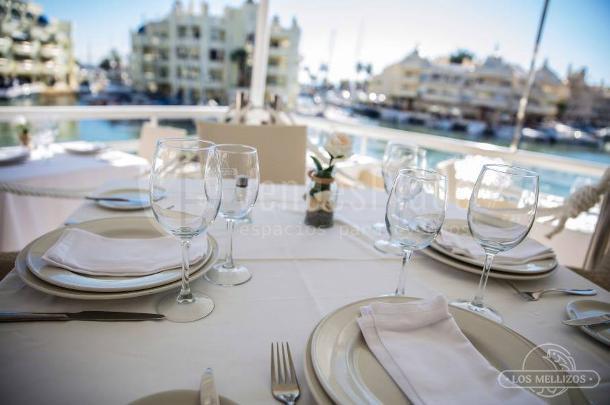 Salones para bodas en benalm dena provincia de m laga - Los mellizos puerto marina ...
