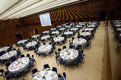 Montaje para presentaciones y cenas de empresa en el Palacio de Congresos Kursaal