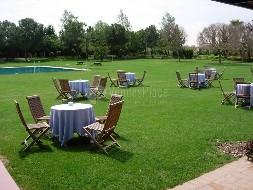 Celebra tu evento al aire libre en Real Club de Sevilla Golf (Catering ACS)