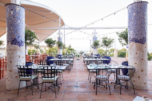 Terraza Los Naranjos en Don Carlos Leisure Resort & Spa