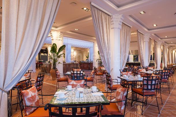 Su desayuno en Los Naranjos - Don Carlos Leisure Resort & Spa