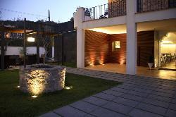 fachada exterior de la Masía Mas LLombart