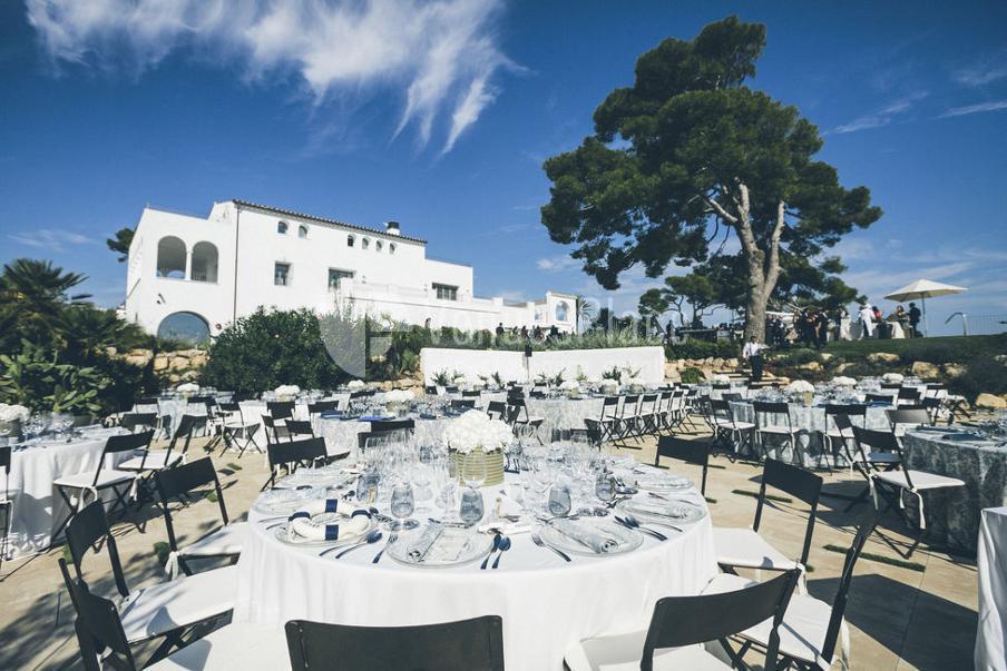 Las mejores fincas para bodas en barcelona venuesplace - Masia casa del mar ...
