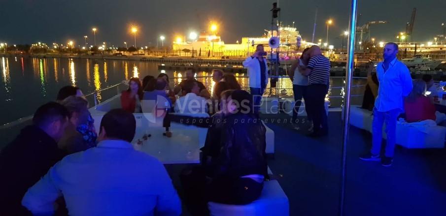 Montaje 9 en The Love Boat