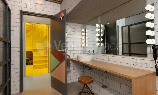 Cuarto de baño en Artspace Barcelona