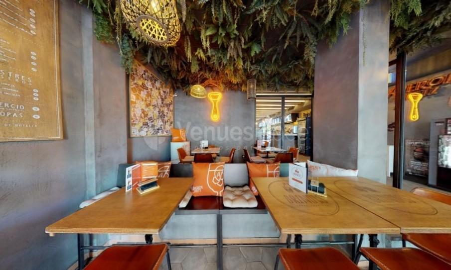 Interior 16 en Brindis Bar