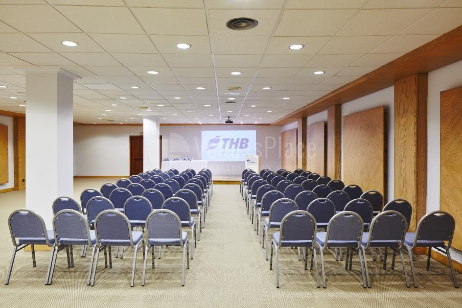 Eventos para empresas montaje en teatro en Hotel THB Los Molinos****