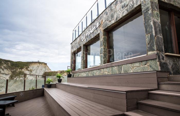 Increible terraza para celebrar diferentes eventos en El Peñón de Sopelana