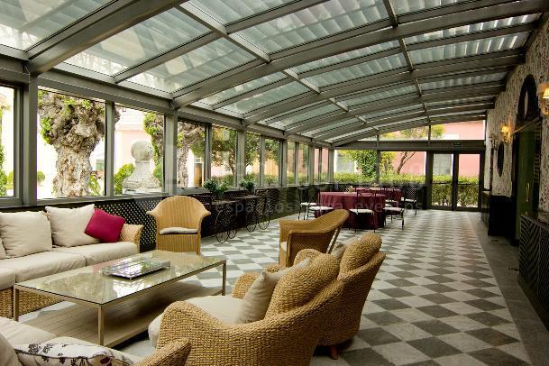 Invernadero perfecto para eventos de empresa y cocktails en Fuente Tena