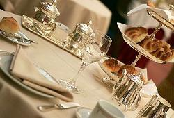 Desayuno salón claridge