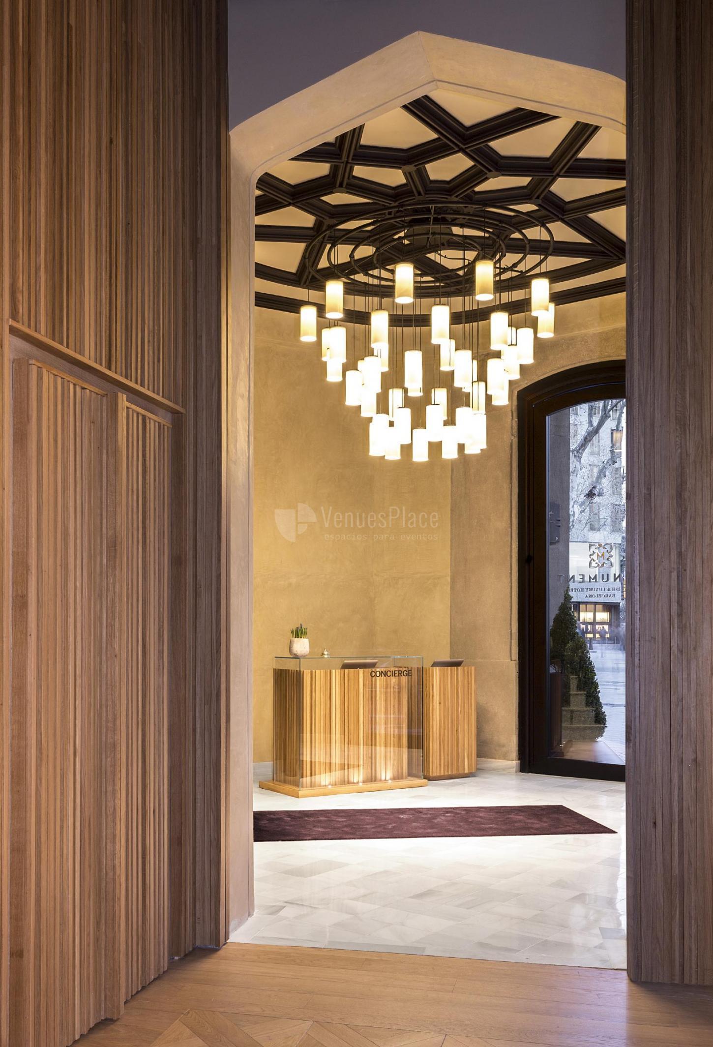 Hoteles 5 estrellas para eventos en barcelona provincia for Hoteles barcelona habitaciones cuadruples