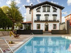 Villa con Jardín y Piscina para eventos en Bizkaia
