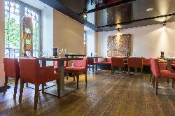 Restaurante The Cask  Radisson Blu Hotel Madrid Prado