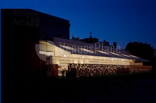Organiza tu evento familiar o de empresa en la terraza del Restaurante Casa Alcaide