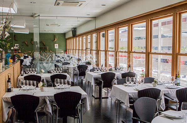 Comidas de negocios, reuniones familiares, y celebraciones en el Restaurante Casa Alcaide