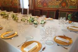 Montaje banquete en Salón Oriental
