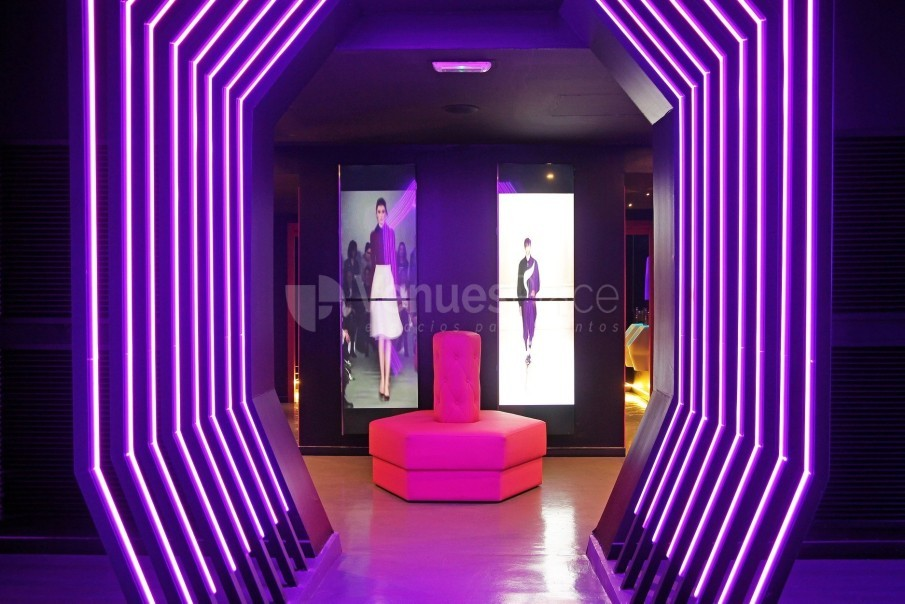 Interior 13 en Showroom Fashion Bar