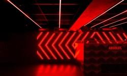 Iluminación y música en Oven Club Centro