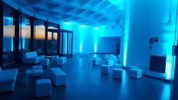 Sala Parasol con mobiliario chill out