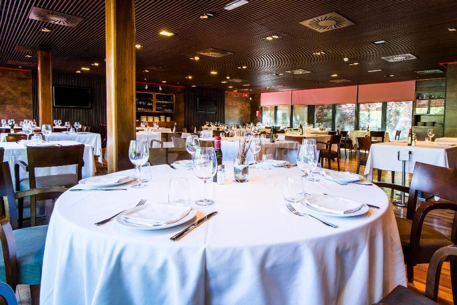 Comidas y cenas de empresa en  Restaurante Casa Narcisa Business Area Madrid - Grupo La Máquina