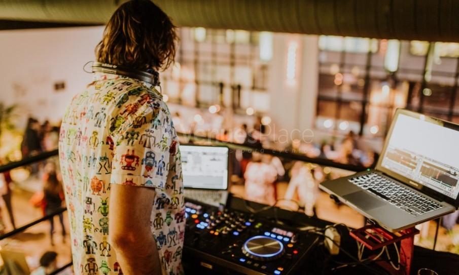 DJ en Kitchen Club Orense