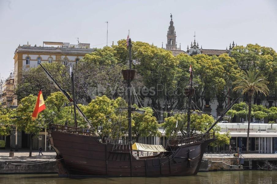 Replica de la Nao Victoria 500. A orillas del Guadalquivir