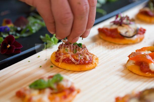Mini pizzas cátering Meeatings23