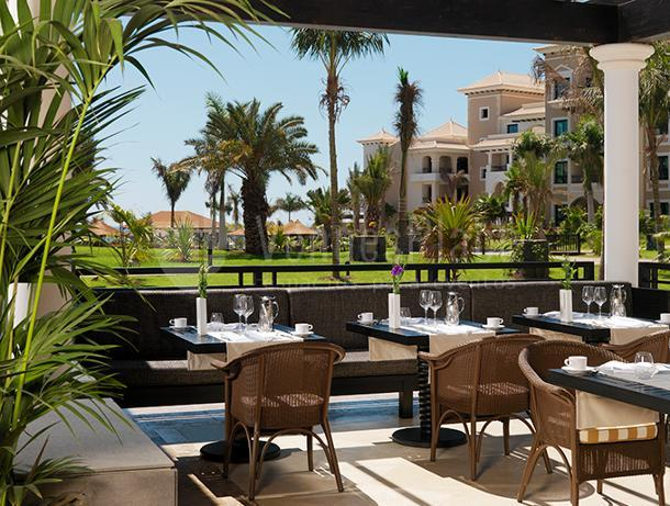 Terraza - Vista Jardines Hotel Gran Meliá Palacio de Isora