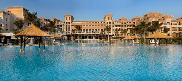 Infinity Pool Hotel Gran Meliá Palacio de Isora