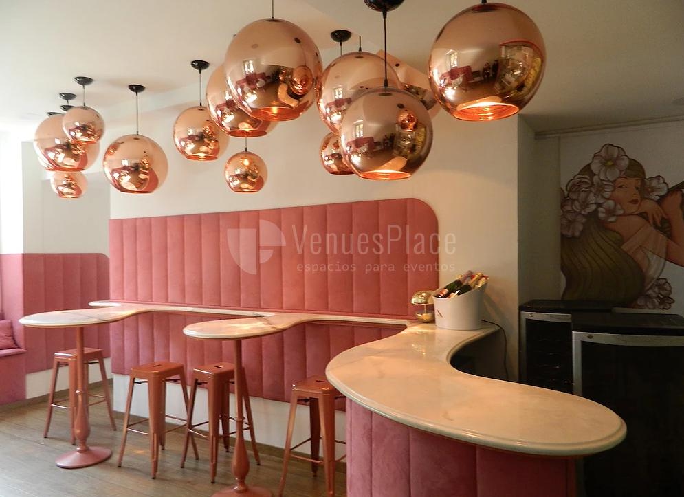 Interior 3 en Fábula Buey & Champagne