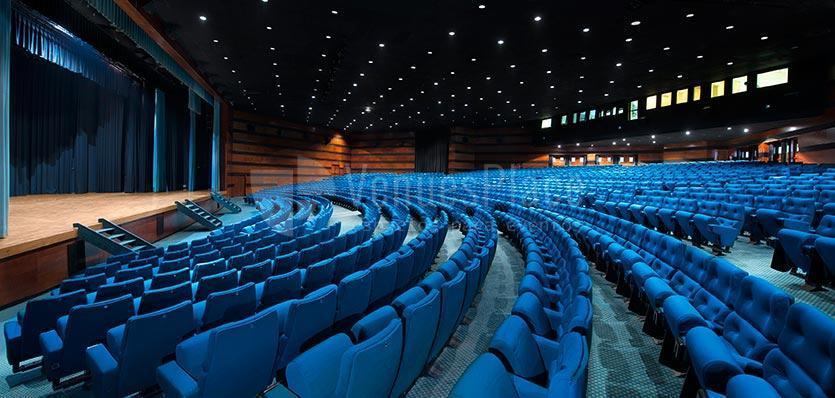 Visión lateral del auditorio del Hotel Meliá Sitges / Side vision auditorium at Hotel Melia Sitges