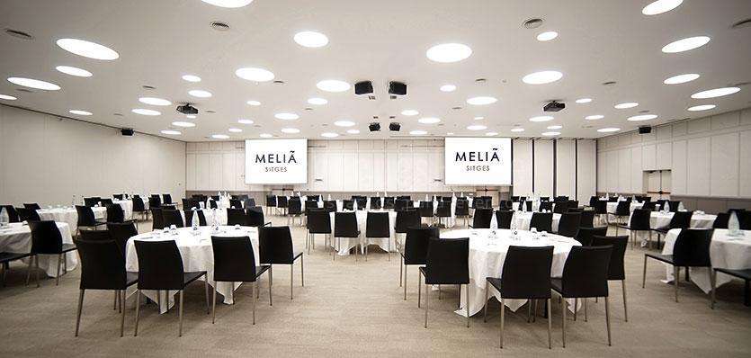 Sala Tramuntana con montaje especial en el Hotel Meliá Sitges / Tramuntana room with special montage l'Hotel Meliá Sitges