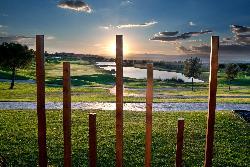 Disfruta de nuestras vistas en tu evento. Retamares Events Suites & Golf