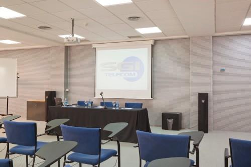 Reuniones y convenciones Aula del 32