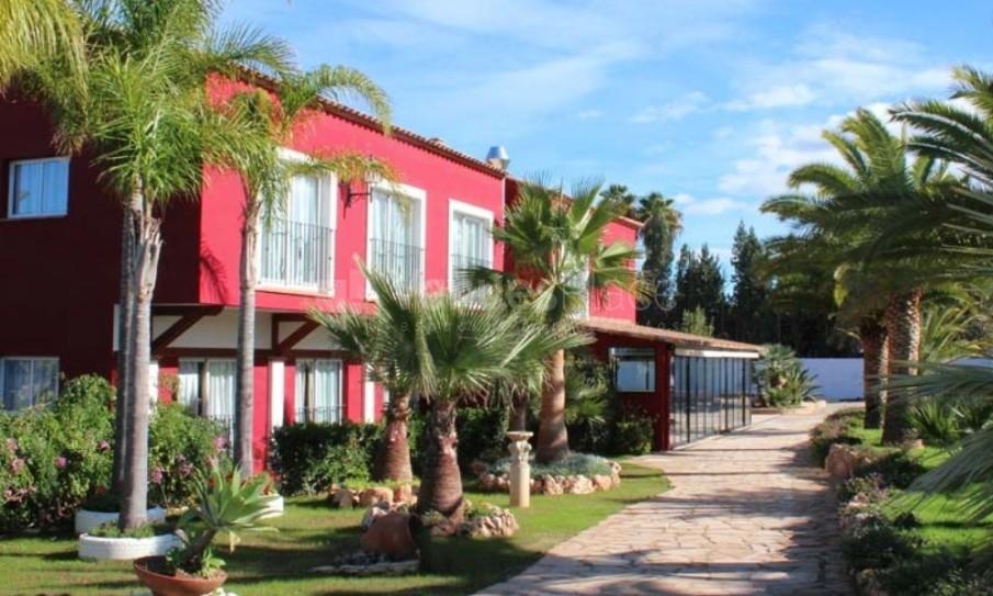 Exterior 2 en Resort Mas Camarena