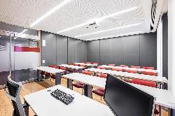 Aula 3 en el Colegio Oficial de Aparejadores y Arquitectos Técnicos de Madrid