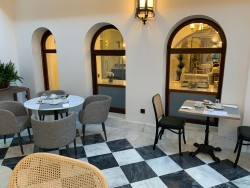 Montaje de patio Invernadero en Hotel Hospes Palacio de Arenales & Spa Cáceres