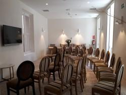 Sala montaje Teatro (2) para 25 pax