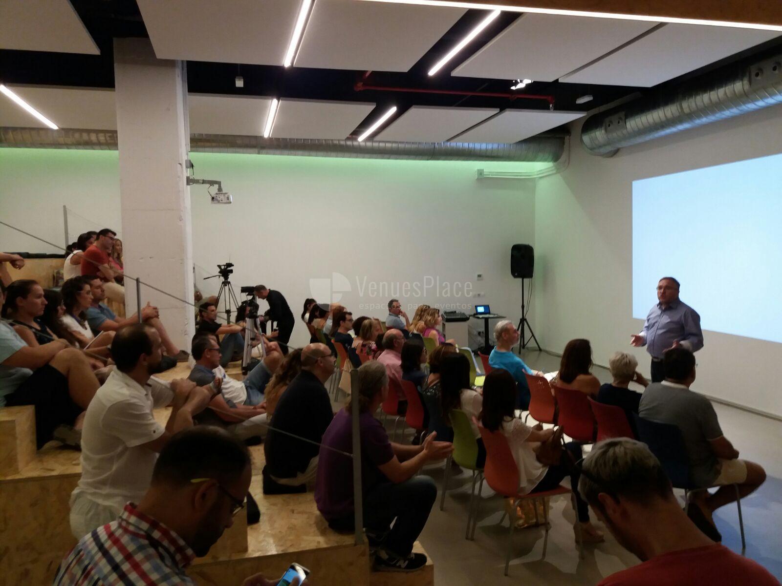 Montaje eventos de empresa en ULab Ideas Meeting Point
