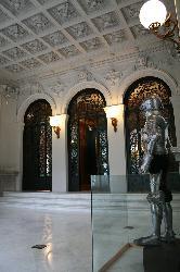 Sala Portico_Museo Lazaro Galdiano_.jpg