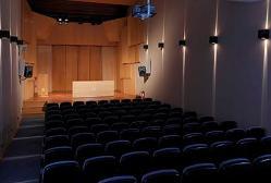 Escenario y patio de butacas principal del Auditorio, planta baja.