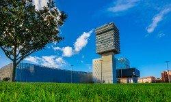 Centro de Convenciones Bilbao Exhibition Centre BEC en Bizkaia