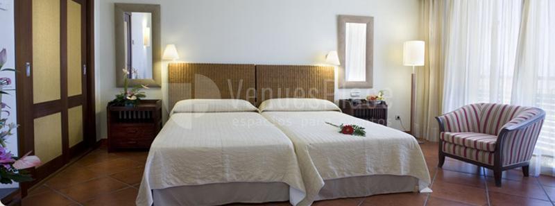 HABITACIÓN DE PUERTO ANTILLA GRAND HOTEL