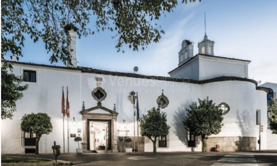Exterior 2 en Parador de Mérida