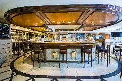 La famosa Barra para tus eventos tipo cocktail de Restaurante Puerta 57 - Grupo La Máquina